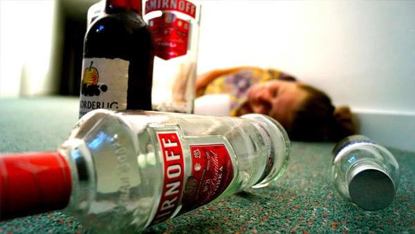 Як працює кодування алкоголізму